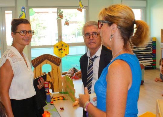 Rentrée scolaire : Visite de la sous-préfète et du maire de Saint-André de la Roche